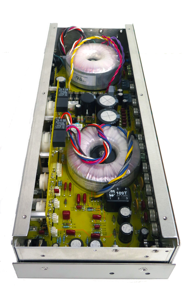 Inside a London Power STUDIO amp